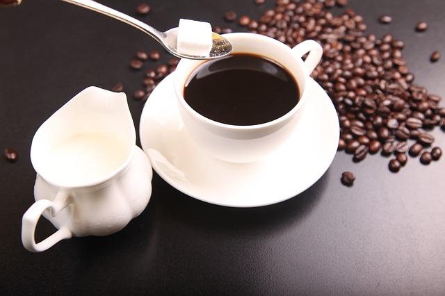 コーヒーは健康に悪い?知らないと危険な副作用