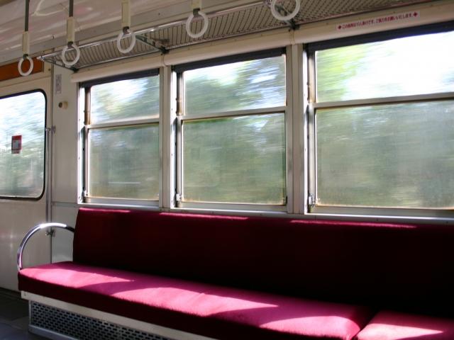 電車の窓は開けていい?簡単な開け方と周りに嫌がられないマナー