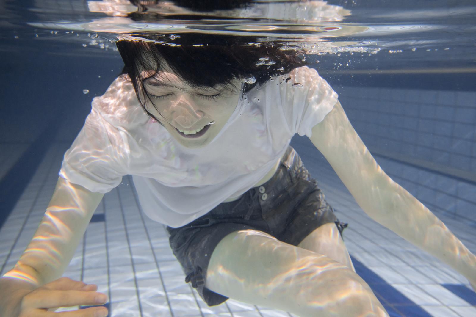 プールの塩素って害あるの?【驚愕】飲んでも問題ないという事実!